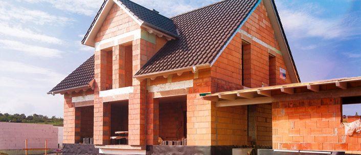 Pfusch am Bau – Was tun, wenn es durchs Dach regnet?