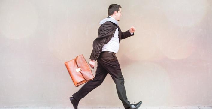 Kündigungsfristen: Was gilt für Arbeitgeber und Arbeitnehmer?
