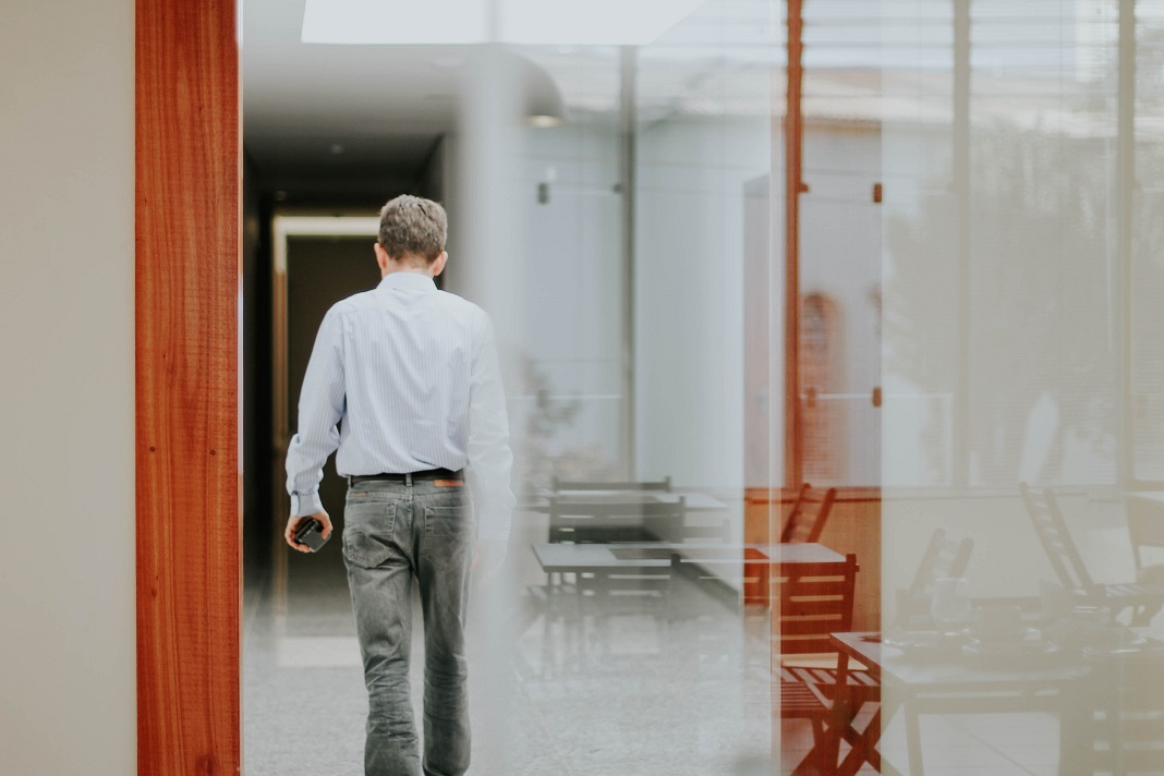 Arbeitslos melden – wann bekomme ich wie viel Arbeitslosengeld?