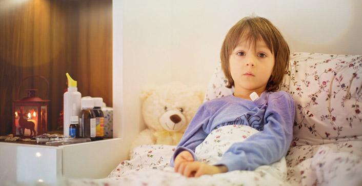 Wenn ein Kind ambulant durch einen Hospizdienst versorgt, stationär in einem Kinderhospiz oder palliativmedizinisch im Krankenhaus behandelt wird, gibt es für die Freistellung der Eltern keine zeitliche Begrenzung. (Foto: Tomsickova/fotolia)