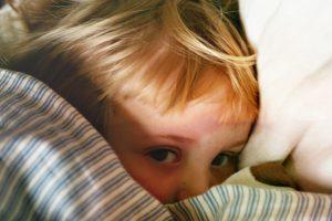 Kinderkrankengeld sichert berufstätige Eltern ab