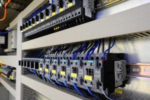 Siemens Energy wird bis 2025 bis zu 7800 Stellen abbauen.