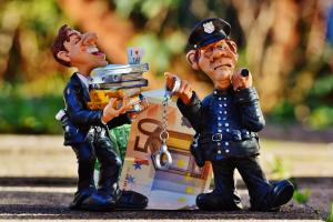 Steuerstraftaten und Steuerordnungswidrigkeiten