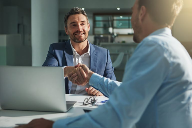 Die Fachanwälte für Arbeitsrecht aus unserem Partnernetzwerk sorgen dafür, dass Sie nach einer Kündigung Ihren alten Job erhobenen Hauptes verlassen können.