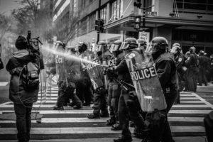 LG Osnabrück: Aufnahmen von Polizisten nicht illegal
