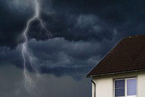 Scheidung mit Immobilie – wer bekommt das Haus oder die Wohnung?