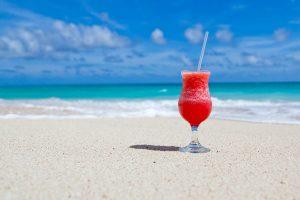 Urlaubsanspruch bei Kündigung: Nehmen oder auszahlen lassen?