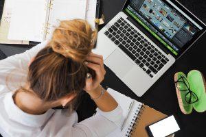 Wann muss ich mich arbeitslos melden? Fristen nach der Kündigung